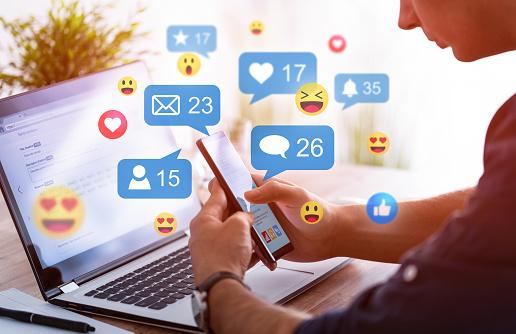 conninekline social media