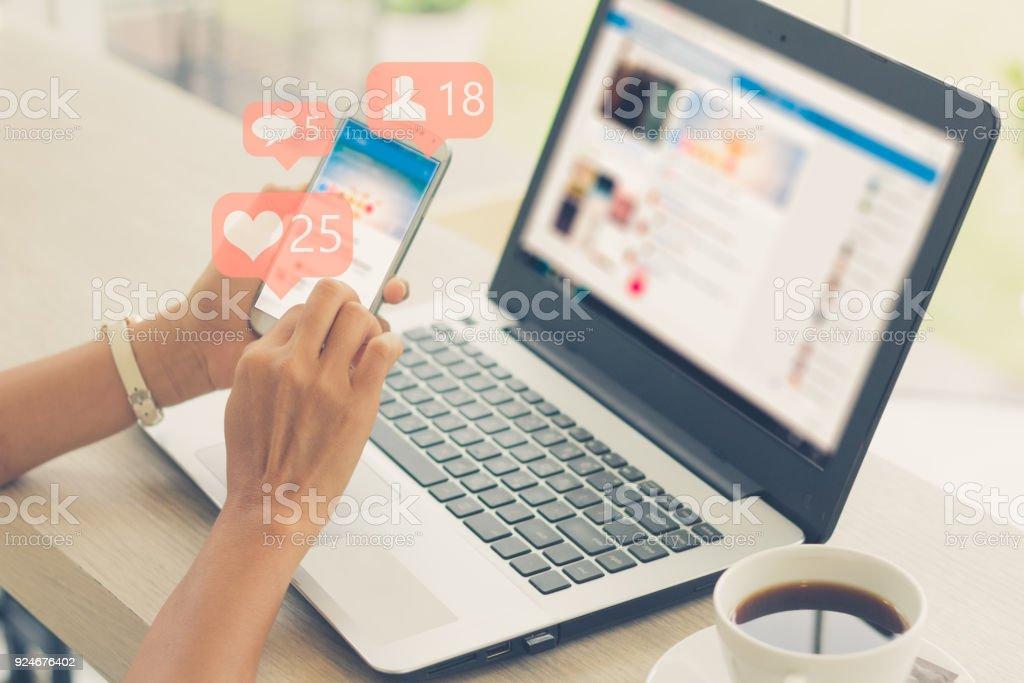Concepto de medios sociales - Foto de stock de 2018 libre de derechos
