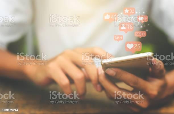 Sociala Medier Koncept-foton och fler bilder på 2018