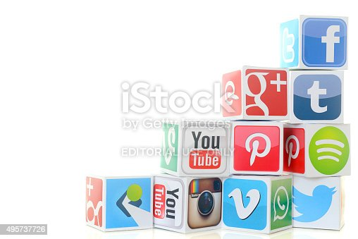 İstanbul, Turkey - November 5, 2015: Paper cubes with Popular social media services icons, including Facebook, Instagram, Youtube, Twitter on a white background.