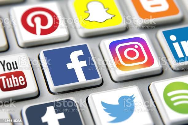 Social media icons internet app application picture id1136415038?b=1&k=6&m=1136415038&s=612x612&h=5dqcyw67jdiez9k0sz8ccf0jq3zl3neyjg ovizdfig=
