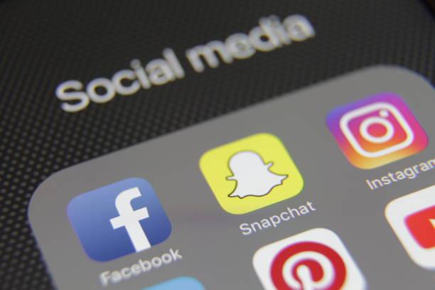 social media icons internet app application - instagram стоковые фото и изображения