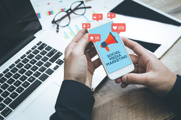 social media marketing - digital marketing stock photos and pictures