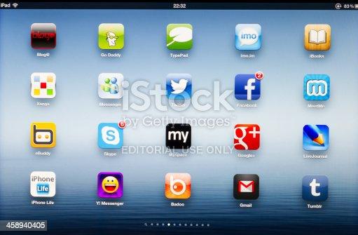 istock Social network App icons on New iPad 458940405