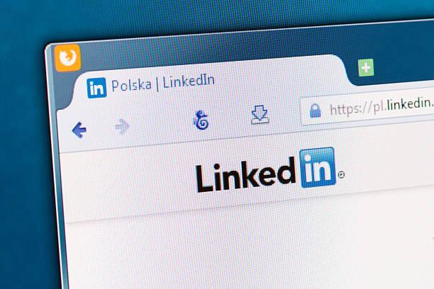 social network homepage on a monitor screen. - linkedin bildbanksfoton och bilder