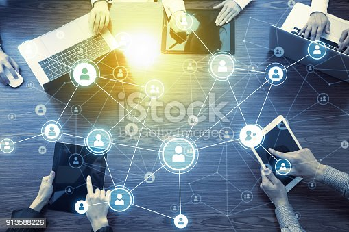 istock Social networking concept. 913588226