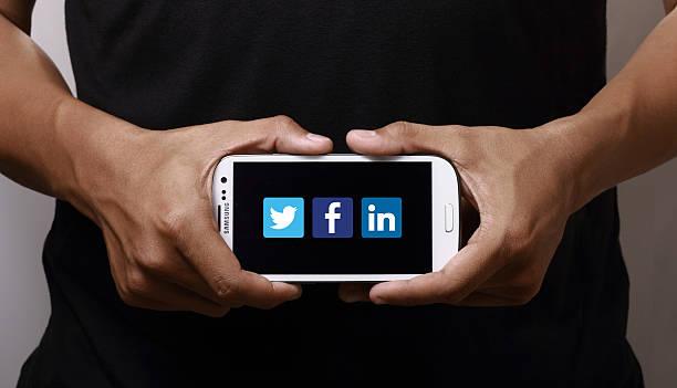 social networking - linkedin bildbanksfoton och bilder