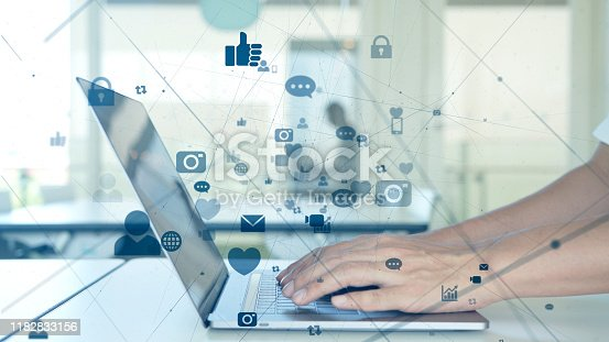 913641852 istock photo Social networking service concept. communication network. 1182833156