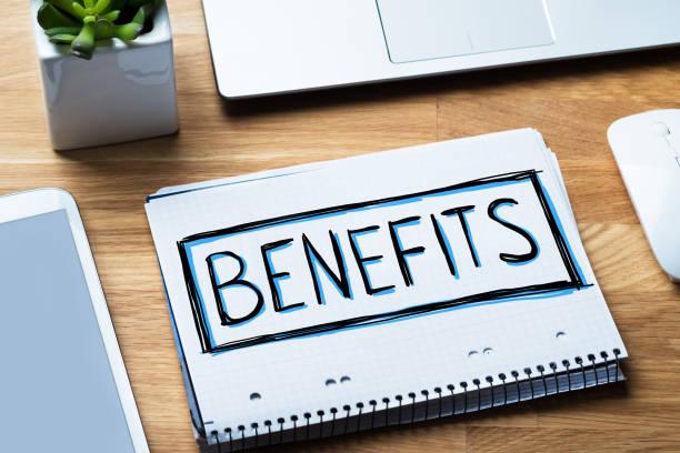 social security benefits concept in notepad - benefits imagens e fotografias de stock
