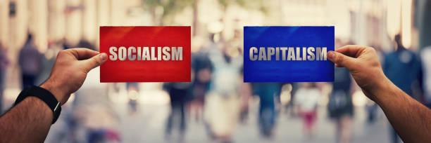 社会主義 vs 資本主義 - 共産主義 ストックフォトと画像