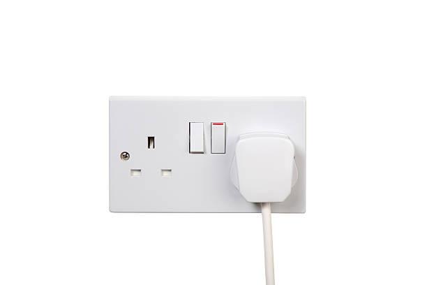multiprise sur - prise électrique à trois fiches photos et images de collection