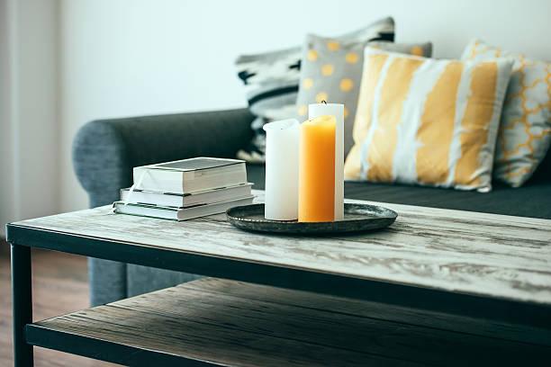 sofá - coffee table imagens e fotografias de stock