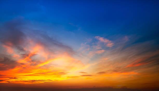 мягкая и размытия света  - sunset стоковые фото и изображения