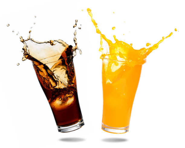 soft drinks splashing - bottle soft drink foto e immagini stock