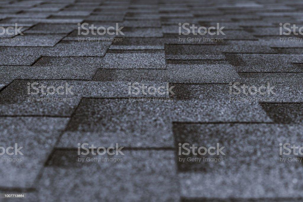 Weiche Bedachung auf dem Dach des Gebäudes – Foto