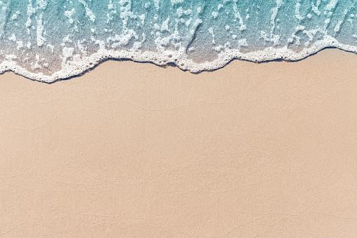 Dalga Yumuşak Kumlu Plaj Yaz Arka Plan Gömülmüş Stok Fotoğraflar & Altın - Tanımlı renk'nin Daha Fazla Resimleri