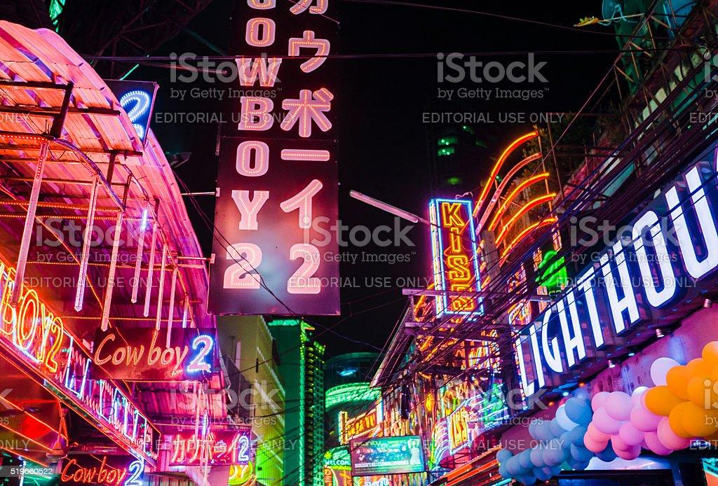 Manhattan street life editorial photo. Image of manhattan