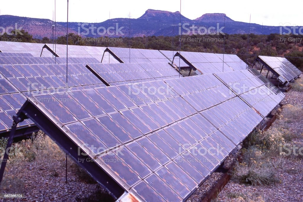 Solar array near Natural Bridges National Park in eastern Utah foto stock royalty-free