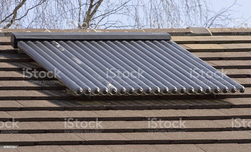 Solar Energy Heizung Wasser U Bahn Auswahl Auf Haus Dach Lizenzfreies  Stock Foto