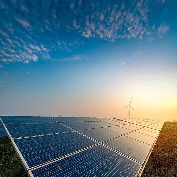 solar explorações agrícolas - solar panel imagens e fotografias de stock