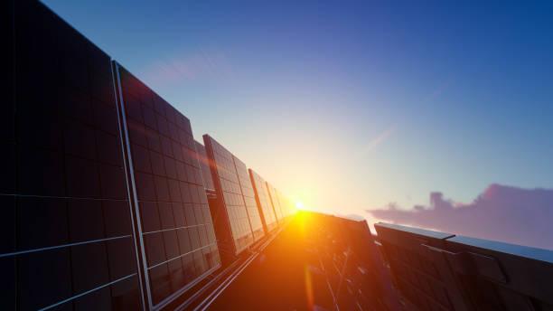 Solar-Panel-Farm unter der prallen Sonne – Foto