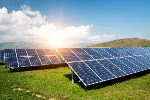 Sonnenkollektor, Photovoltaik, alternative Stromquelle - Konzept nachhaltiger Ressourcen – Foto
