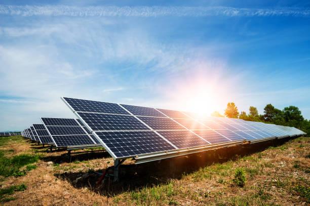 Sonnenkollektor, Photovoltaik, alternative Stromquelle – Foto