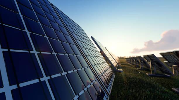 Solar-Panels über das Feld an einem sonnigen Tag – Foto