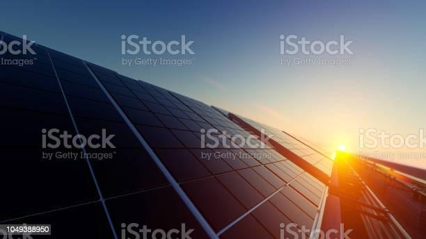 희미 한 빛 속에 태양 전지 패널 0명에 대한 스톡 사진 및 기타 이미지