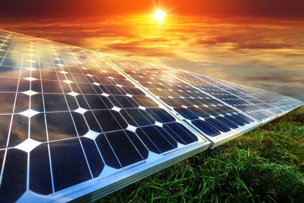 Sonnenkollektoren, Photovoltaik - alternative Stromquelle – Foto