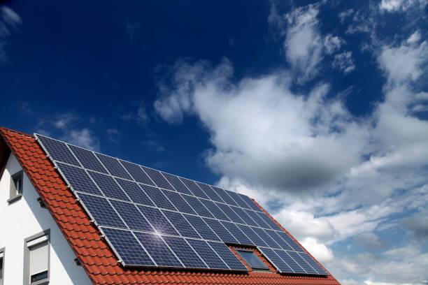 solar panels renewable energy sustainable resources - solar panel imagens e fotografias de stock