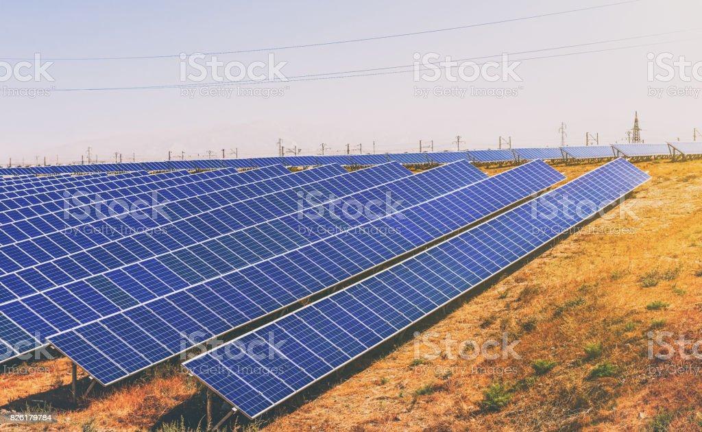 Sonnenkollektoren, Solaranlage – Foto