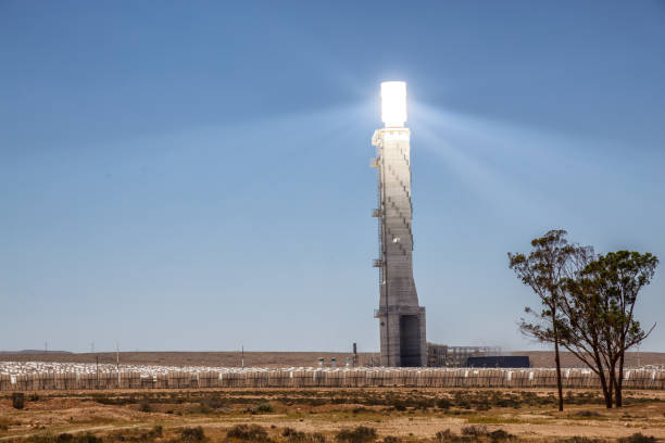 Solar Power Station Big Tower at the Solar Power Station in Negev desert in Israel. negev stock pictures, royalty-free photos & images