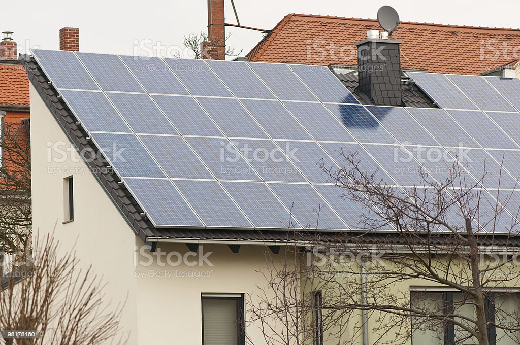 Solaranlage montiert royalty-free stock photo