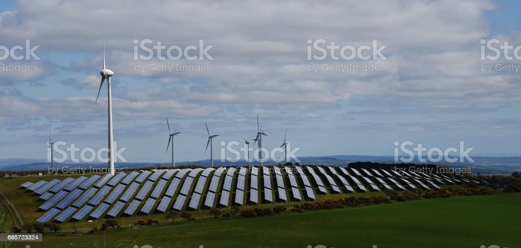 Solar & Wind Farm 免版稅 stock photo