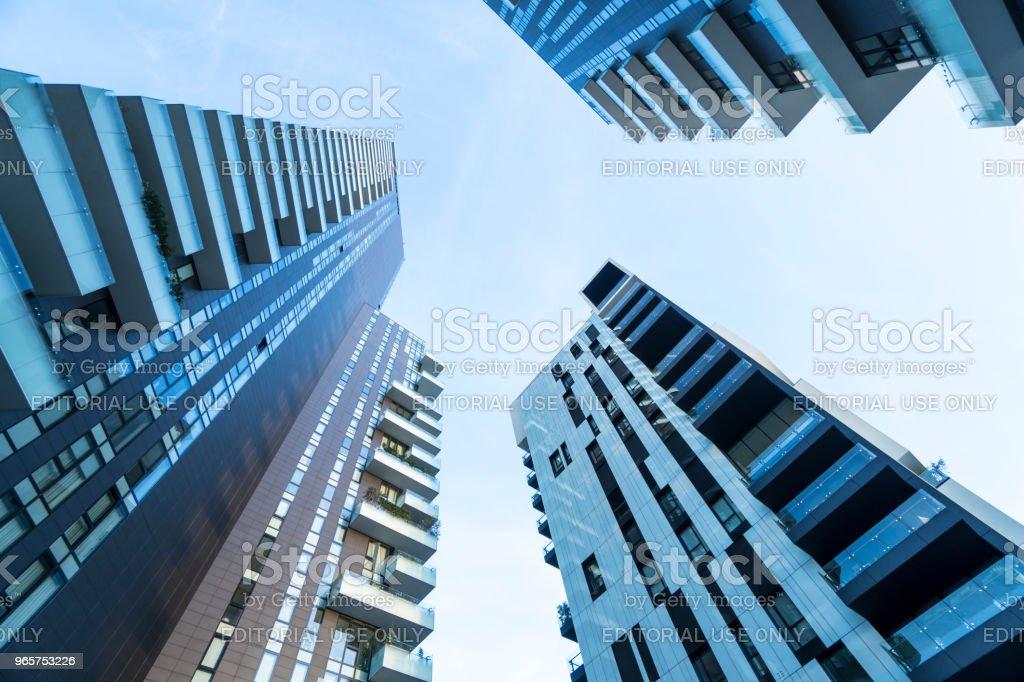 Zonnebanken toren - Royalty-free Appartement Stockfoto