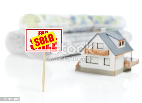 istock Sold house concept 651357484