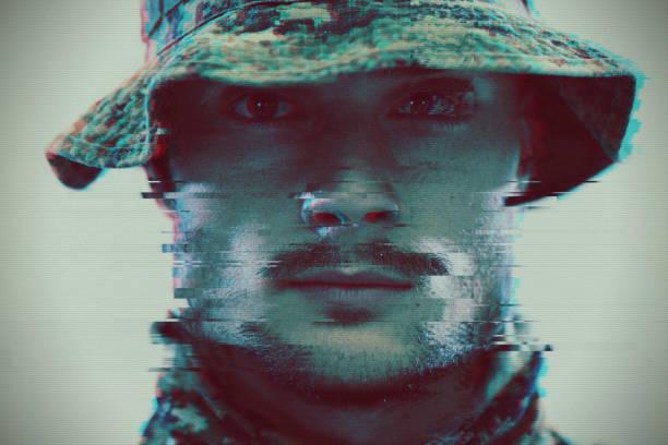 Soldat Glitch – Foto
