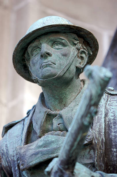 soldier of the great war - war memorial stock pictures, royalty-free photos & images