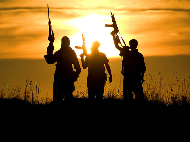soldiers against a sunset  Afghanistan stock pictures, royalty-free photos & images