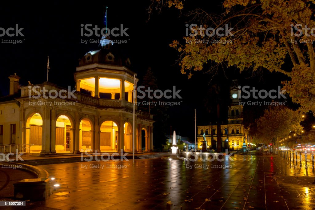Soldiers memorial Bendigo at night stock photo