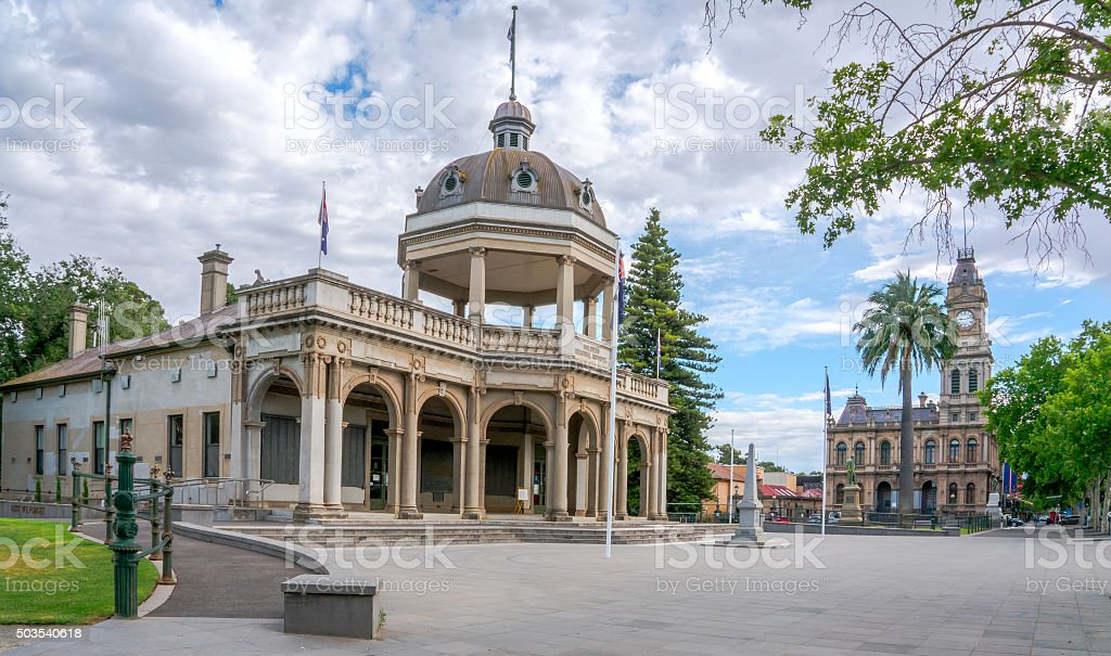 Soldiers Memorial Bendigo CBD stock photo