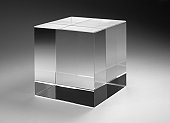 A solid glass structured cuboid