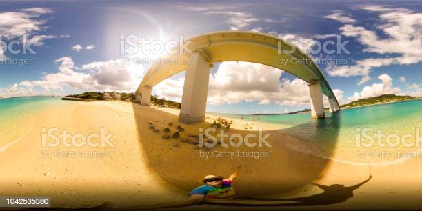 Solo travel picture id1042535380?b=1&k=6&m=1042535380&s=612x612&h=k9w  8rjuhzxi4i fuzftj86jkdqjez10aorziokuzs=