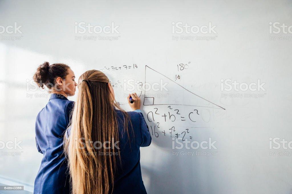 数学の問題を解く ストックフォト