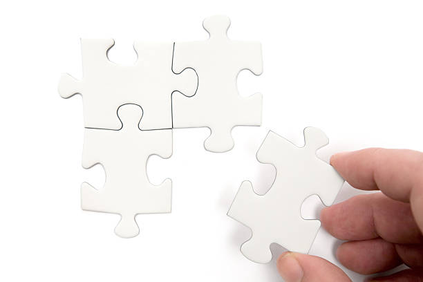 lösen sie das problem - dinge die zusammenpassen stock-fotos und bilder