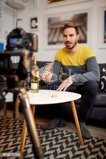 istock Sommelier recording video clips 959576386