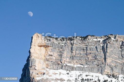 istock Sommet du Mont Granier en Chartreuse 1130430935