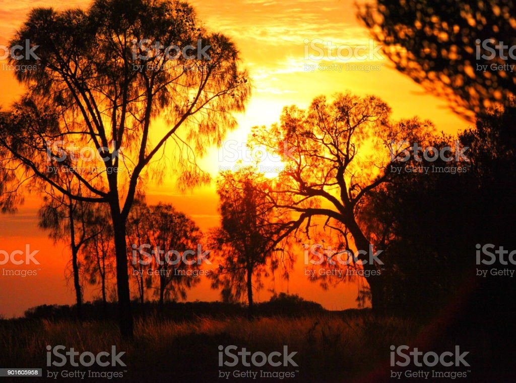 Sonnenuntergang im Outback stock photo