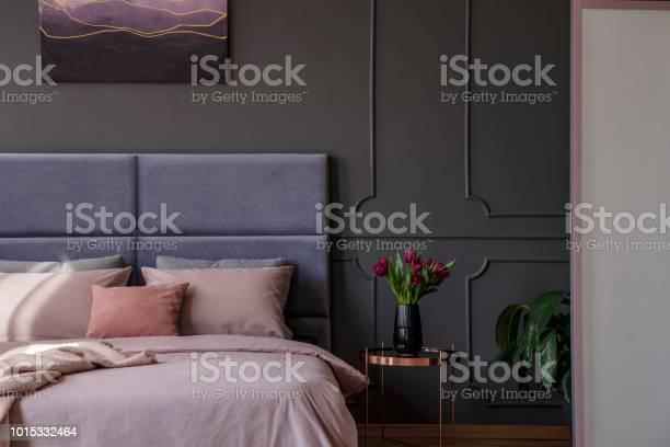 Sophisticated pastel bedroom interior picture id1015332464?b=1&k=6&m=1015332464&s=612x612&h=e eblxaf1zm2lfxqphws9sohobuf2mokpq5gcumgfby=